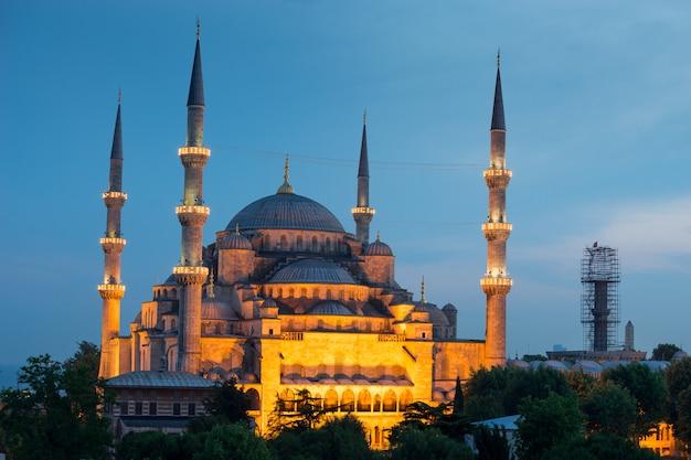 Sultanahmet, niebieski meczet i hagia sophia, stambuł, turcja