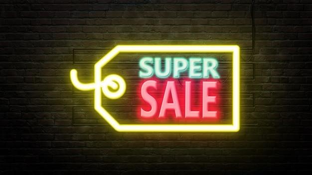 Super sprzedaż znak emblemat w stylu neonowym na tle ściany z cegły
