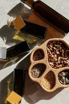 Surowy olej z tłoczonego na zimno nabiału i różnych nasion orzechów