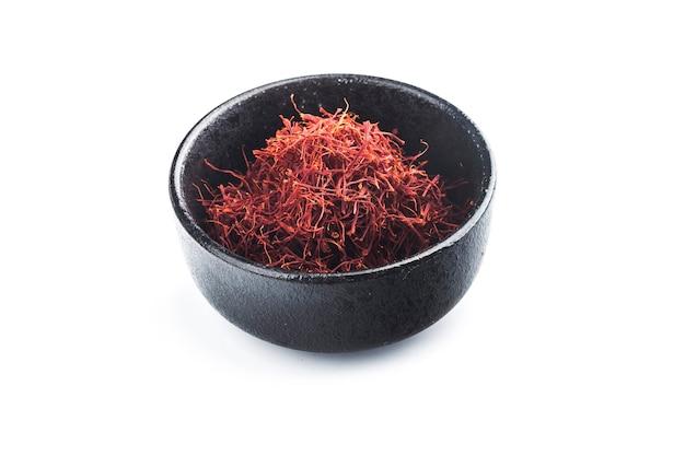 Surowy organiczny przyprawa czerwony szafran w misce