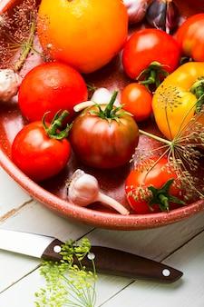 Surowy pomidor, konserwacja pomidorów