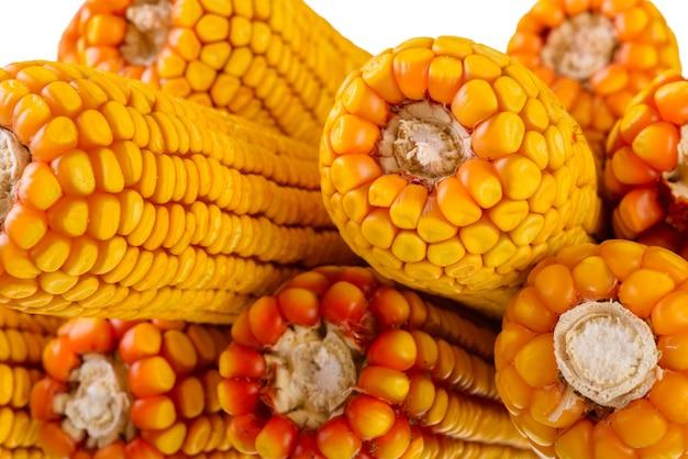 Suszona kukurydza na kolbie, zbliżenie