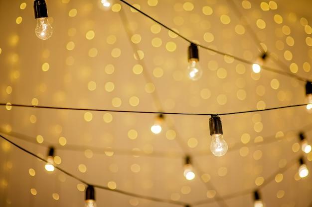 Świąteczna girlanda elektrycznych lamp retro