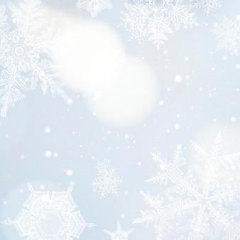 Świąteczna zimowa ramka w kształcie płatka śniegu, remiks fotografii wilsona bentley