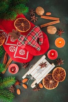 Świąteczne dekoracje i jedzenie