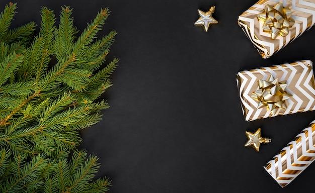 Świąteczne dekoracje na ciemnym tle
