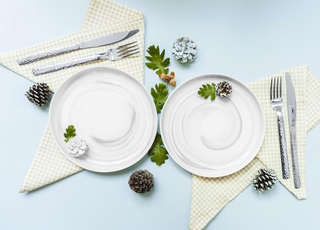 Świąteczne nakrycie stołu świątecznego