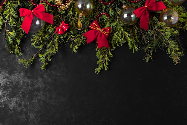 Świąteczne przygotowania świąteczne na czarny stół