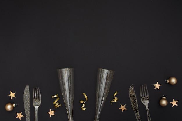 Świąteczne szklanki i sztućce z miejscem na kopię