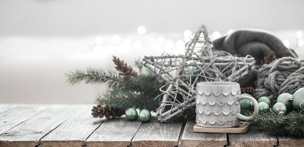 Świąteczne tło nowego roku w domowej atmosferze.
