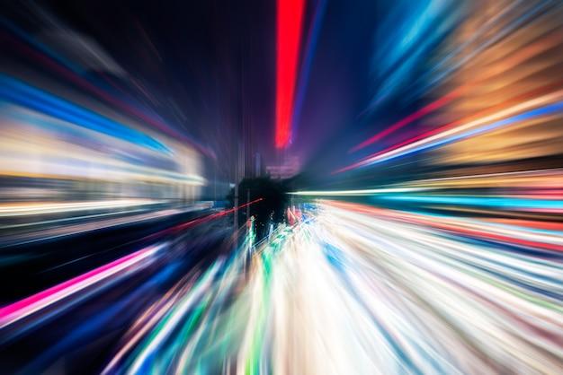 Świateł drogowych szlaków na ulicy w szanghaju