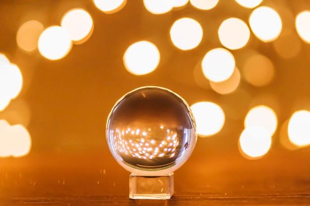 Światła w pobliżu magicznej kuli