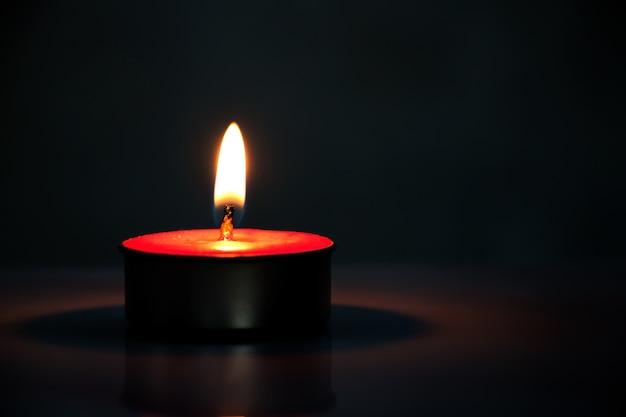 Światło ze świeczki