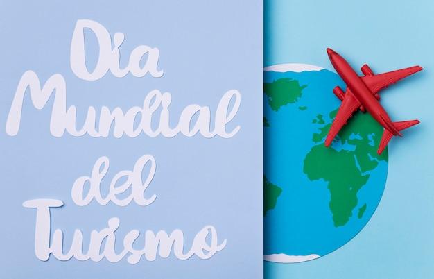 Światowy dzień turystyki napis koncepcja