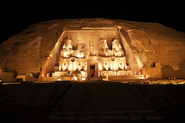 Świątynia w abu simbel, egipt