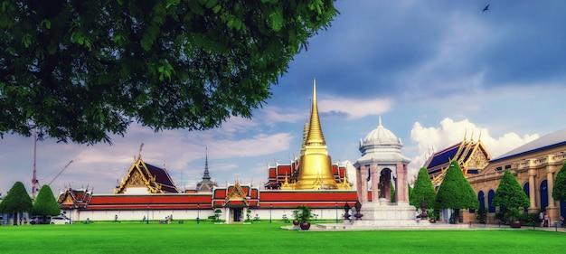 Świątynia wat phra kaew, bangkok, tajlandia