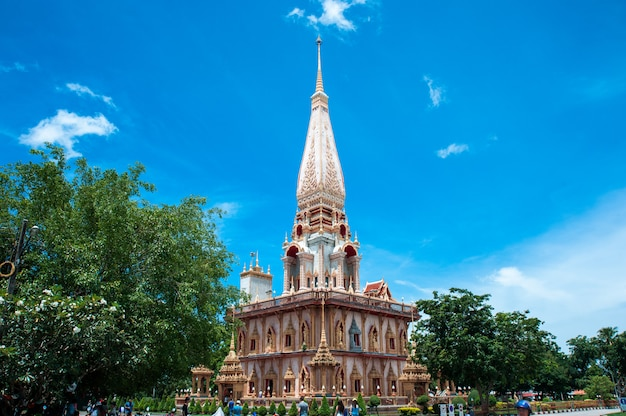 Świątynny kompleks wat chalong w phuket, tajlandia