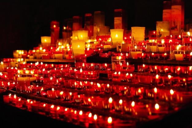 Świece w kościele katolickim