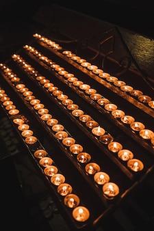 Świece w kościele