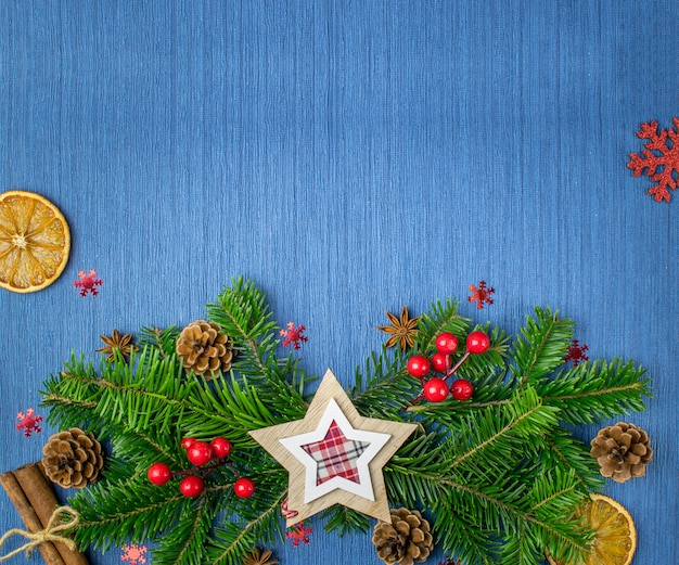 Święta bożego narodzenia niebieskie tło