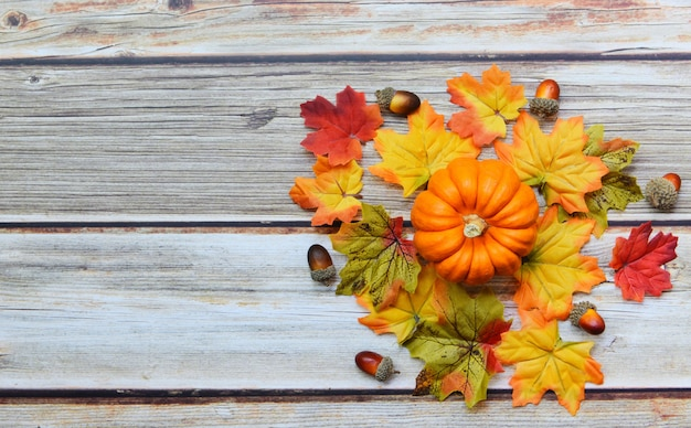 Święto dziękczynienia jesień liść ozdoba świąteczna na drewniane