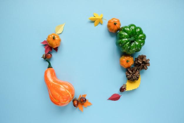 Święto dziękczynienia, napis dziękuję z elementami jesieni.