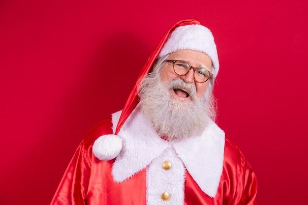 Święty mikołaj. noc bożego narodzenia. dostawa prezentów. zaczarowane dziecięce marzenia.