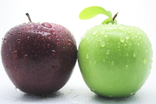 Świeże czerwone i zielone zdjęcia jabłek