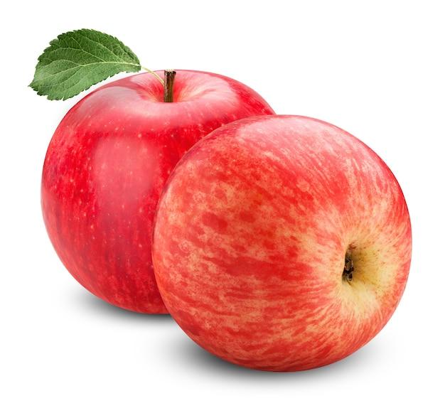 Świeże, dojrzałe czerwone jabłko na białym tle
