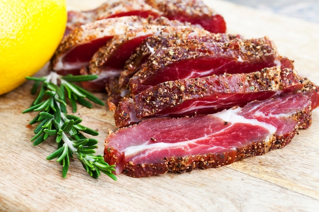 Świeże produkty mięsne