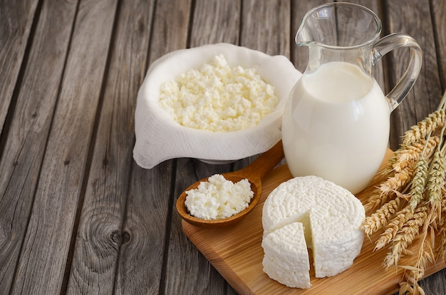 Świeże produkty mleczne i pszenica