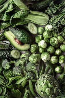 Świeże warzywa płasko leżał zdrowy styl życia