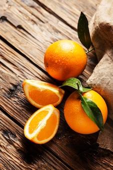 Świeże włoskie pomarańcze
