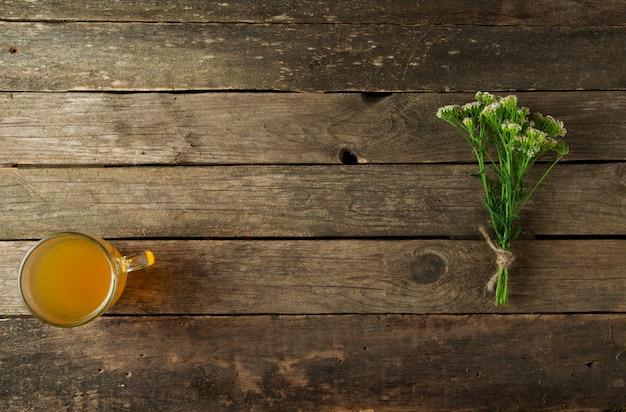 Świeże zioła lecznicze. zioła medyczne