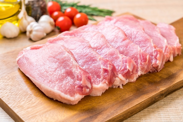 Świeży filet wieprzowy