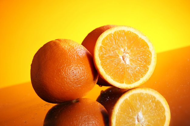Świeży owoc pomarańczowy
