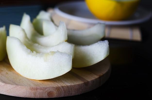 Świeży pokrojony melon