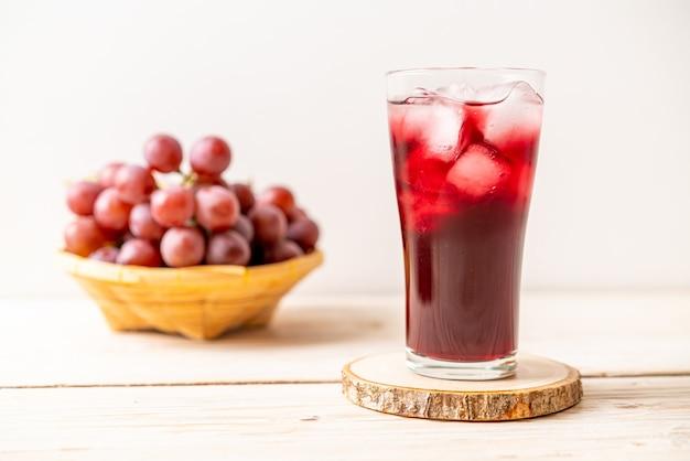 Świeży sok winogronowy