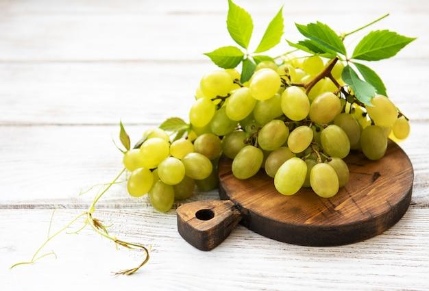 Świeży zielony winogrono