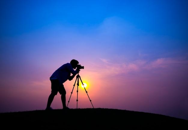 Świt kamery natura freelance wzgórzu zmierzch