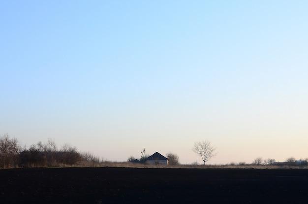 Świt we wsi