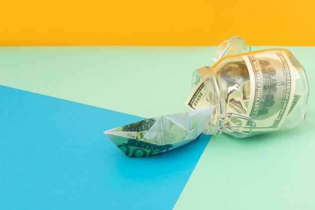 Swoboda finansowa, aranżacja martwej natury z miejscem na kopię