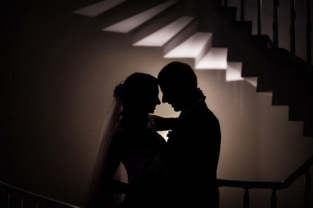 Sylwetka ślubu pary młodej miłość
