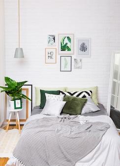 Sypialni wnętrza domu łóżka stylu lustro pionowo