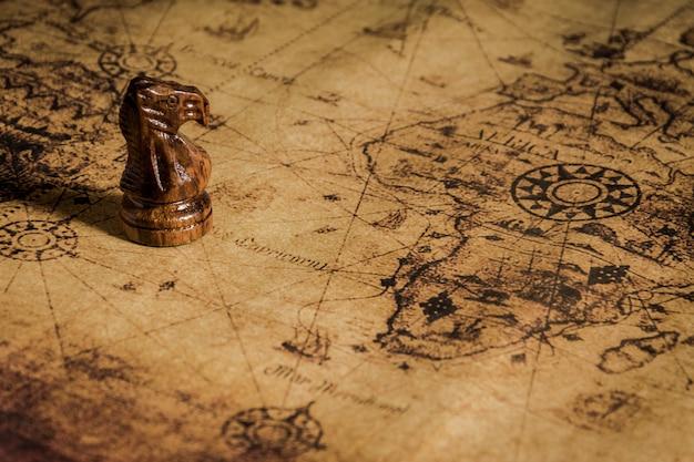 Szachy na starej mapie