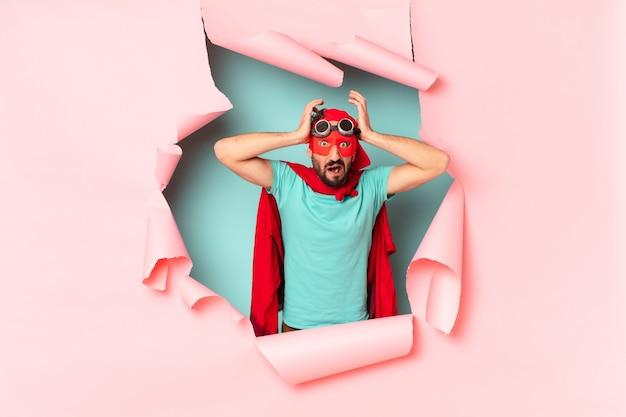 Szalony superbohater przestraszył wyrażenie afraif