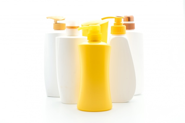 Szampon lub odżywka do włosów butelka na białym tle