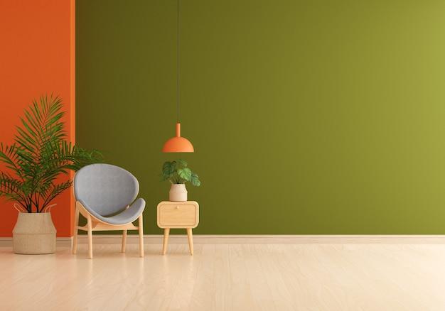 Szare krzesło w zielonym salonie z wolną przestrzenią