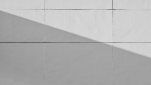 Szarość cementu ściana z cieniem