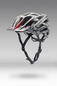Szary kask rowerowy